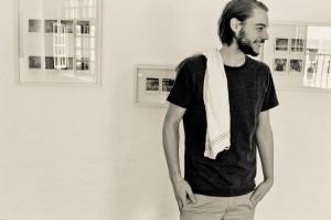 Produzent Tommi Schneefuß im Studio bei den Sprachaufnahmen zur Porterville im Juni 2014 (Copyright: Ivar Leon Menger)