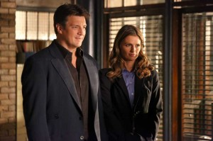 Nicht nur bei der Ermittlungsarbeit ein unschlagbares Team: Richard Castle (Nathan Fillion) und Kate Beckett (Stana Katic) (Copyright: 2013 American Broadcasting Companies, Inc. All rights reserved)