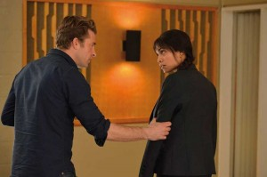 Scott Speedman und Rosario Dawson in ihren Rollen als Detectives. (Copyright: Ascot Elite Home Entertainment)