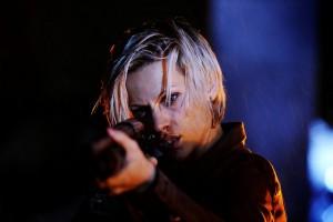 Am Rande der Selbstjustiz? Die Grausamkeiten der Verbrechen bringen das Team um Hannah Maes (Veerle Baetens) an ihre Grenzen. (Copyright: Edel:Motion)