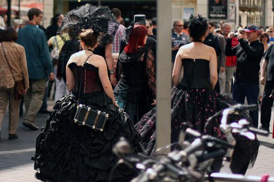Leipzig kann vor WGT-Besuchern nicht laufen - und WGTler nicht vor Schaulustigen.
