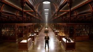 """Wissen ist Macht - dies und die zahlreichen Artefakte gilt es in """"The Quest - Die Serie"""" zu hüten. (Copyright: Universum Film)"""