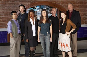 """Das """"Crossing Jordan""""-Team der zweiten Staffel (Copyright: Koch Media)"""
